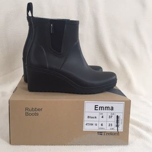 Tretorn Women's Rubber Boots Size 6 NWT